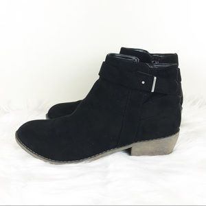 JustFab Women's Black Ankle Booties Size 6.5